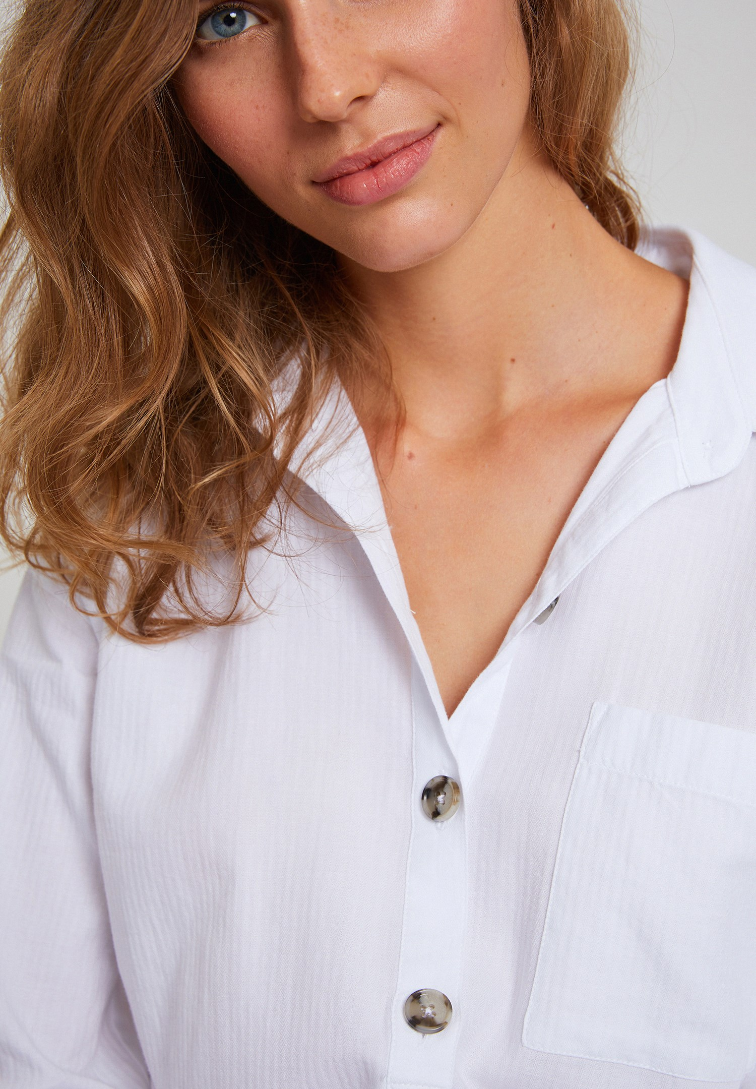 Women White Cotton Shirt with Buttons