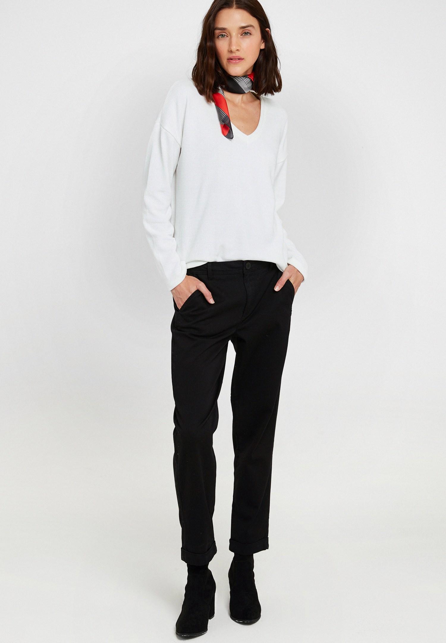 Bayan Siyah Yüksek Bel Detaylı Boru Paça Pantolon