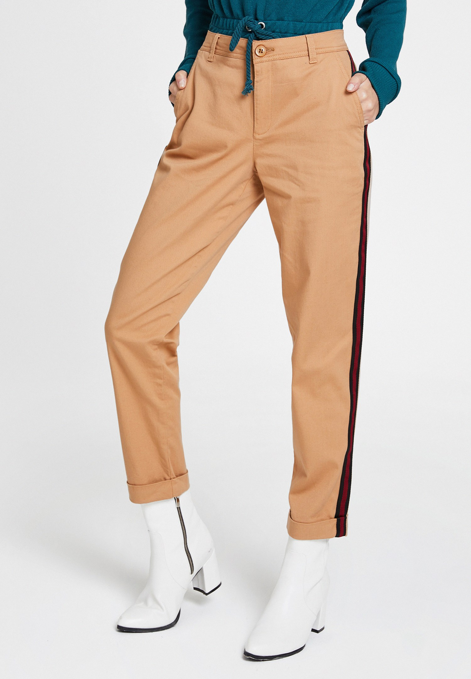 Women Brown Trousers with Stripe