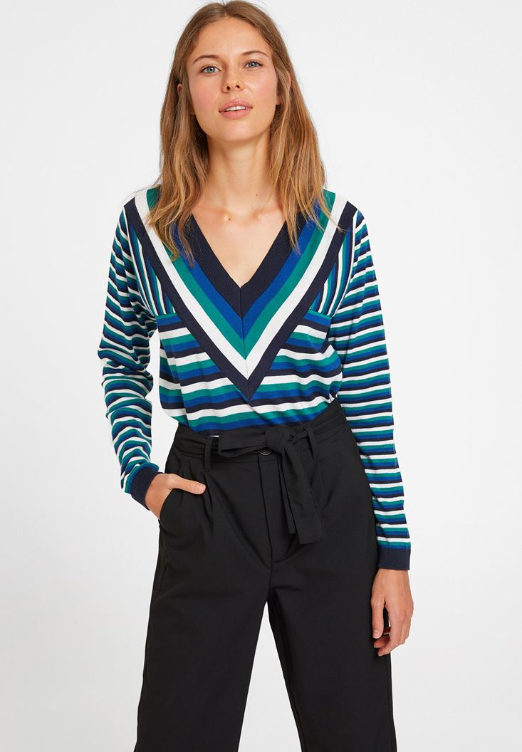 Mixed V Neck Knitwear with Stripe