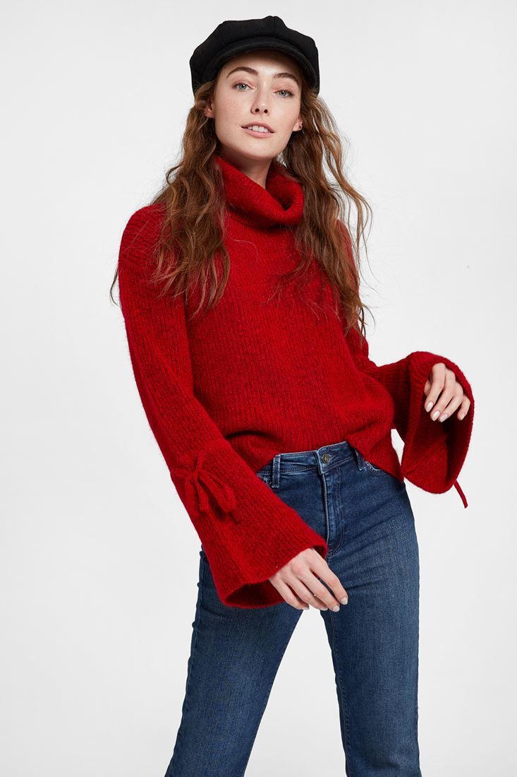 Pullover with Lacing Arm Detail