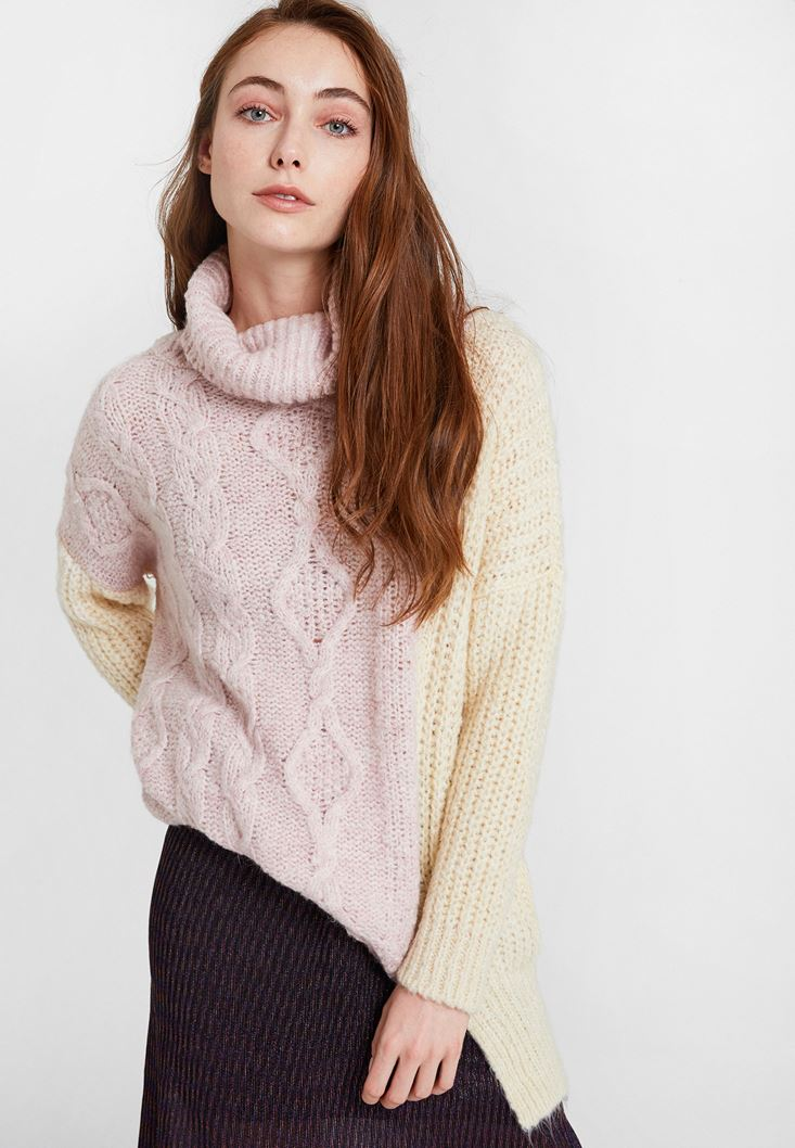 Pink Block Pattern Knitwear with Neck Detail