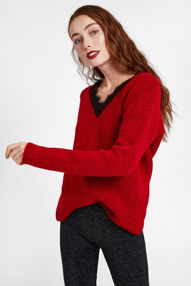 Red Knitwear with V Lace Neck