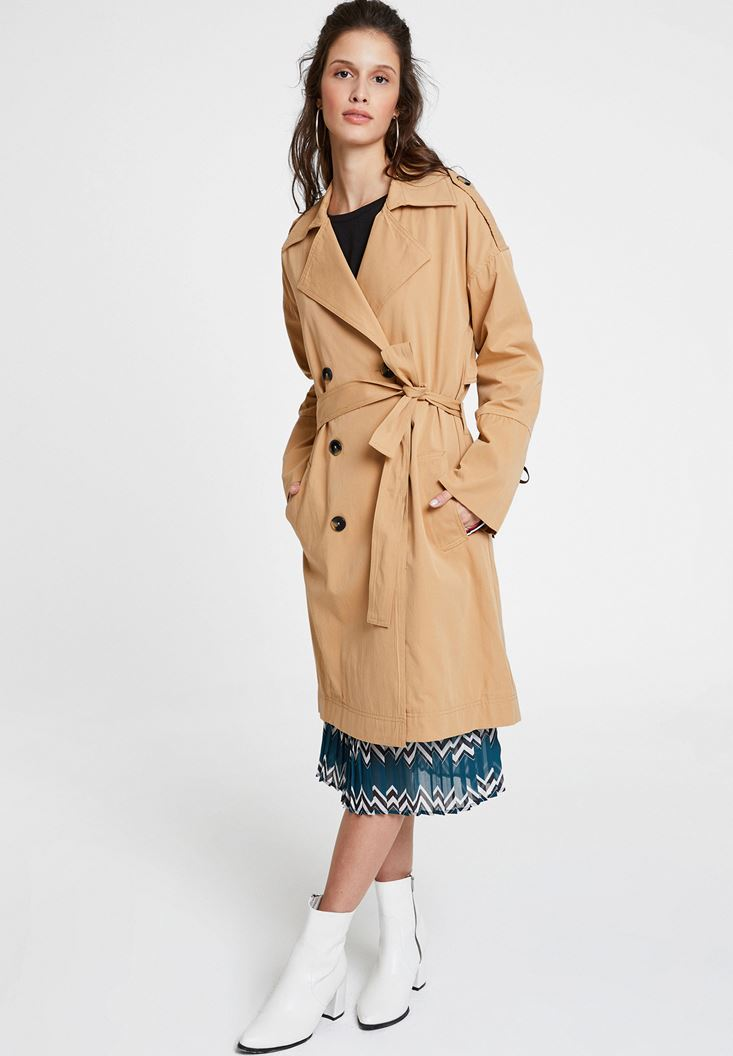 Brown Trenchcoat with Belt and Details