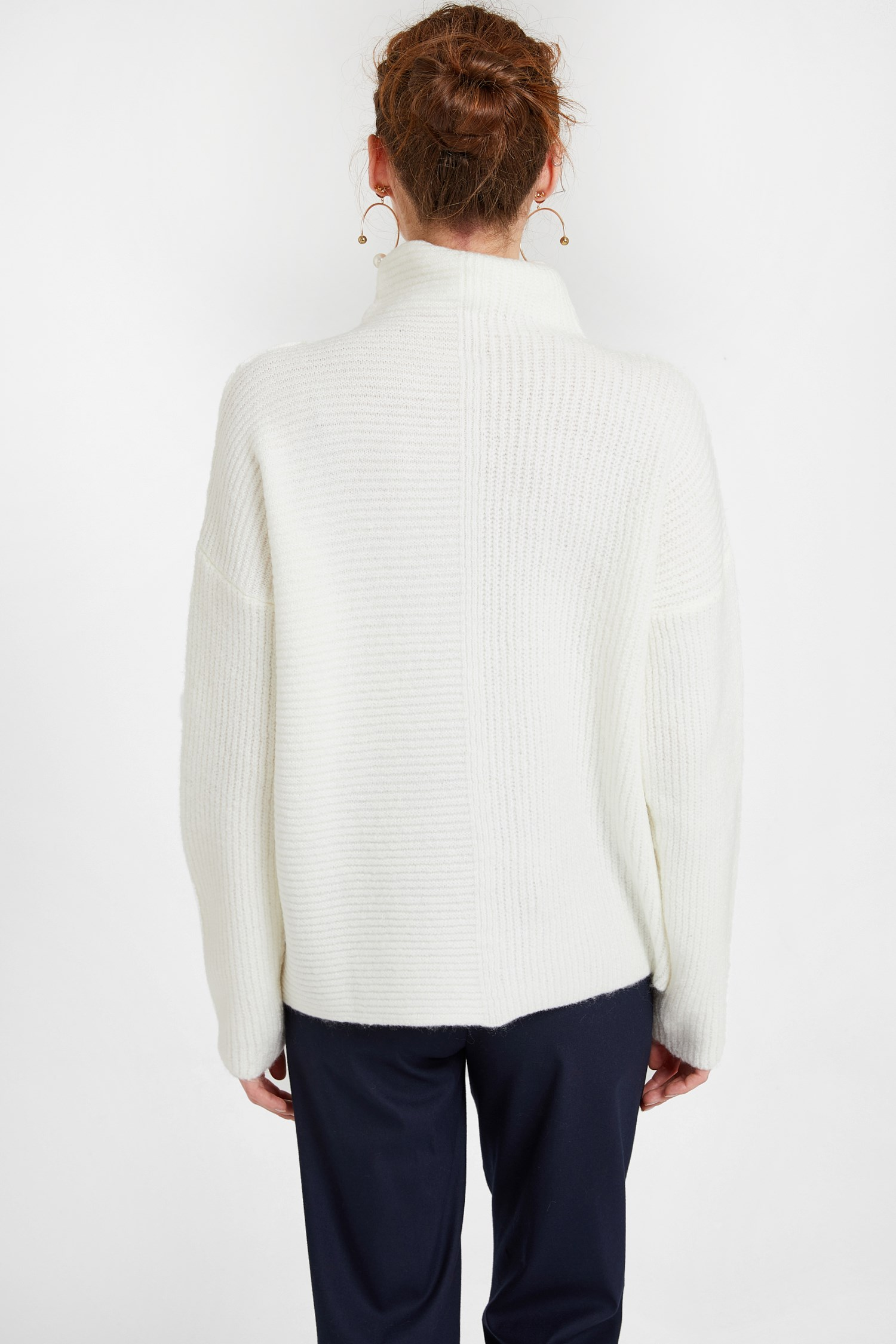 Women Cream Pullover with Line Texture