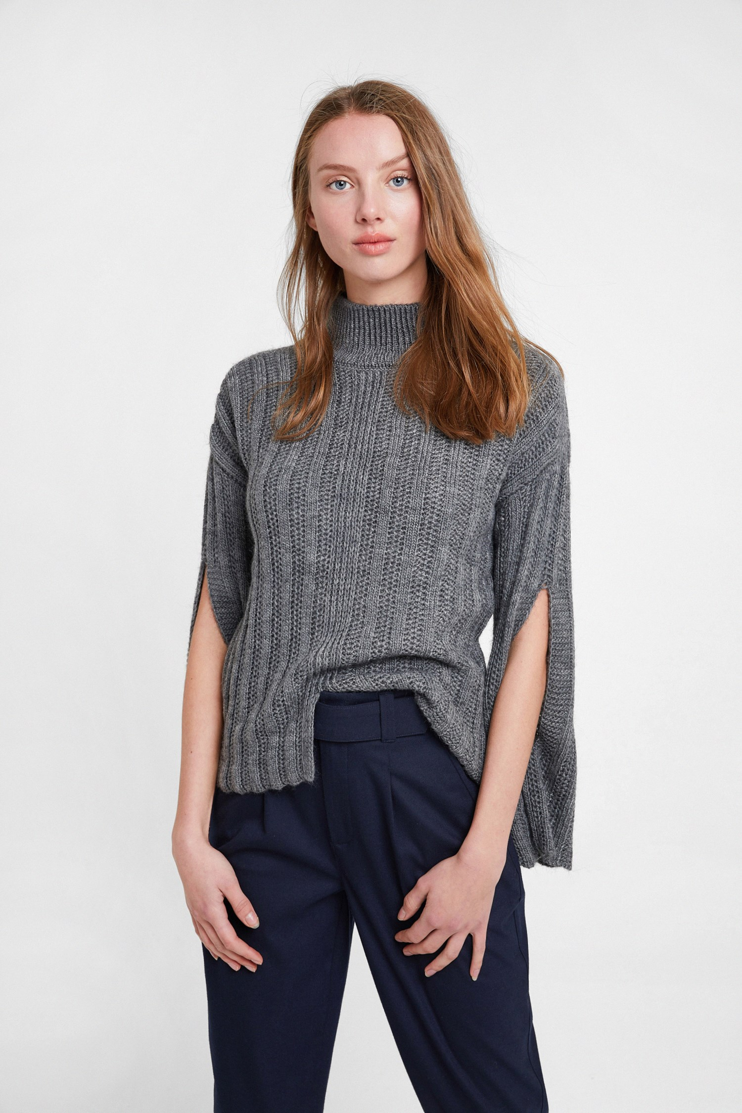 Women Grey Knitted Pullover with Slash Detail