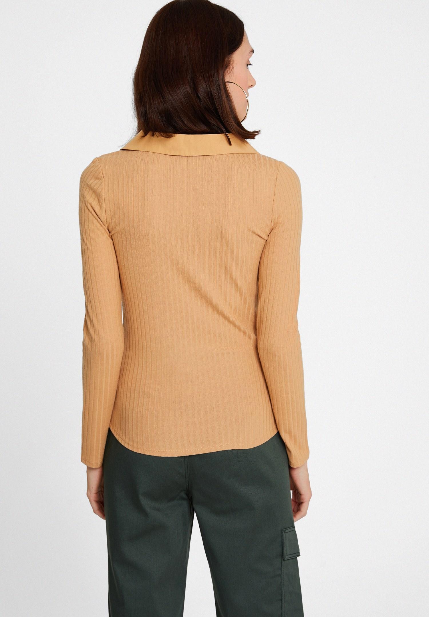 Bayan Kahverengi Uzun Kollu Yaka Detaylı Bluz