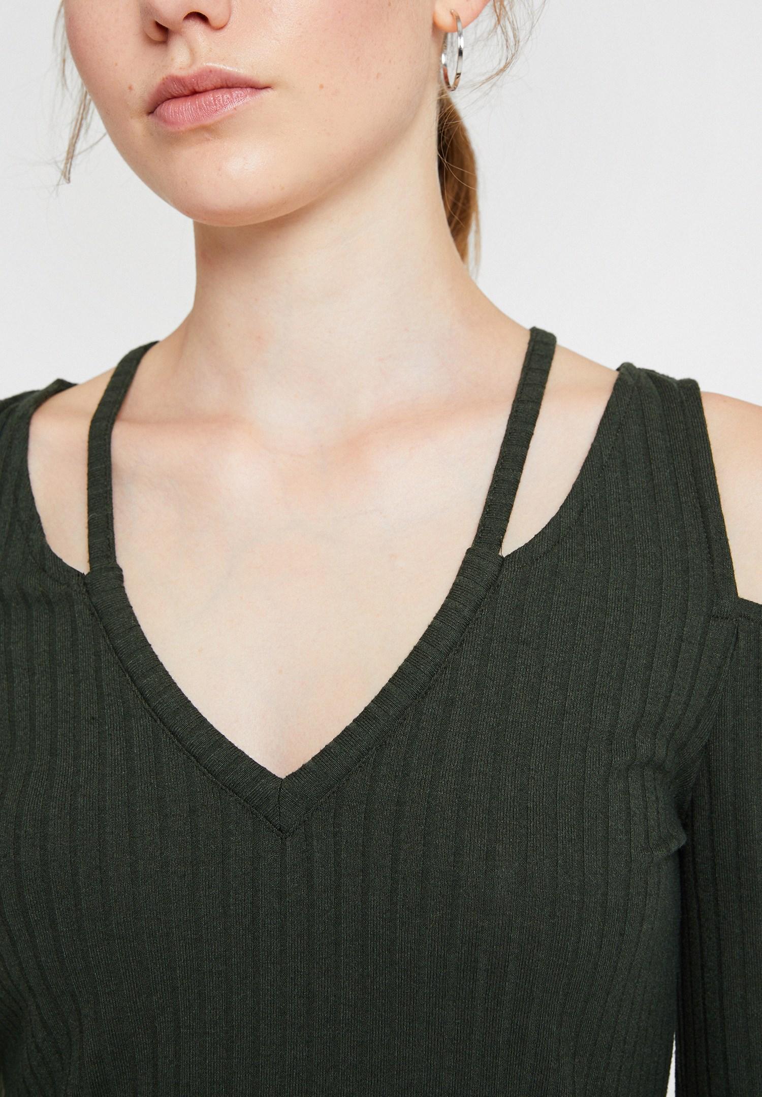 Bayan Yeşil Cut-Out Detaylı Uzun Kollu Bluz
