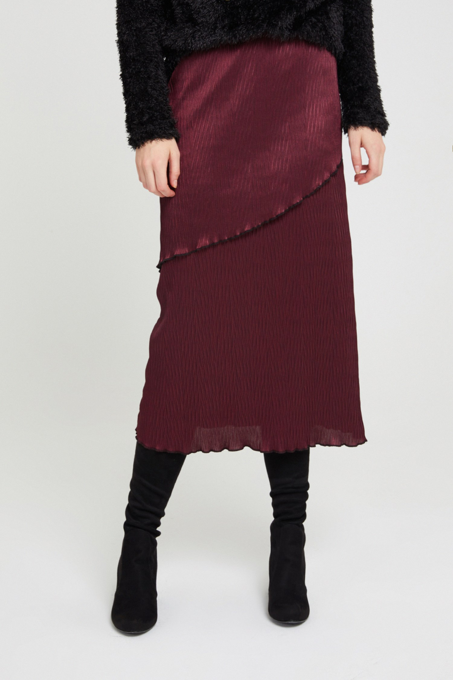 Women Bordeaux Pleated Skirt with Details