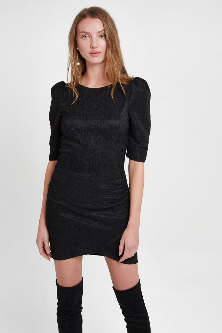 Kol Detaylı Dokulu Mini Elbise