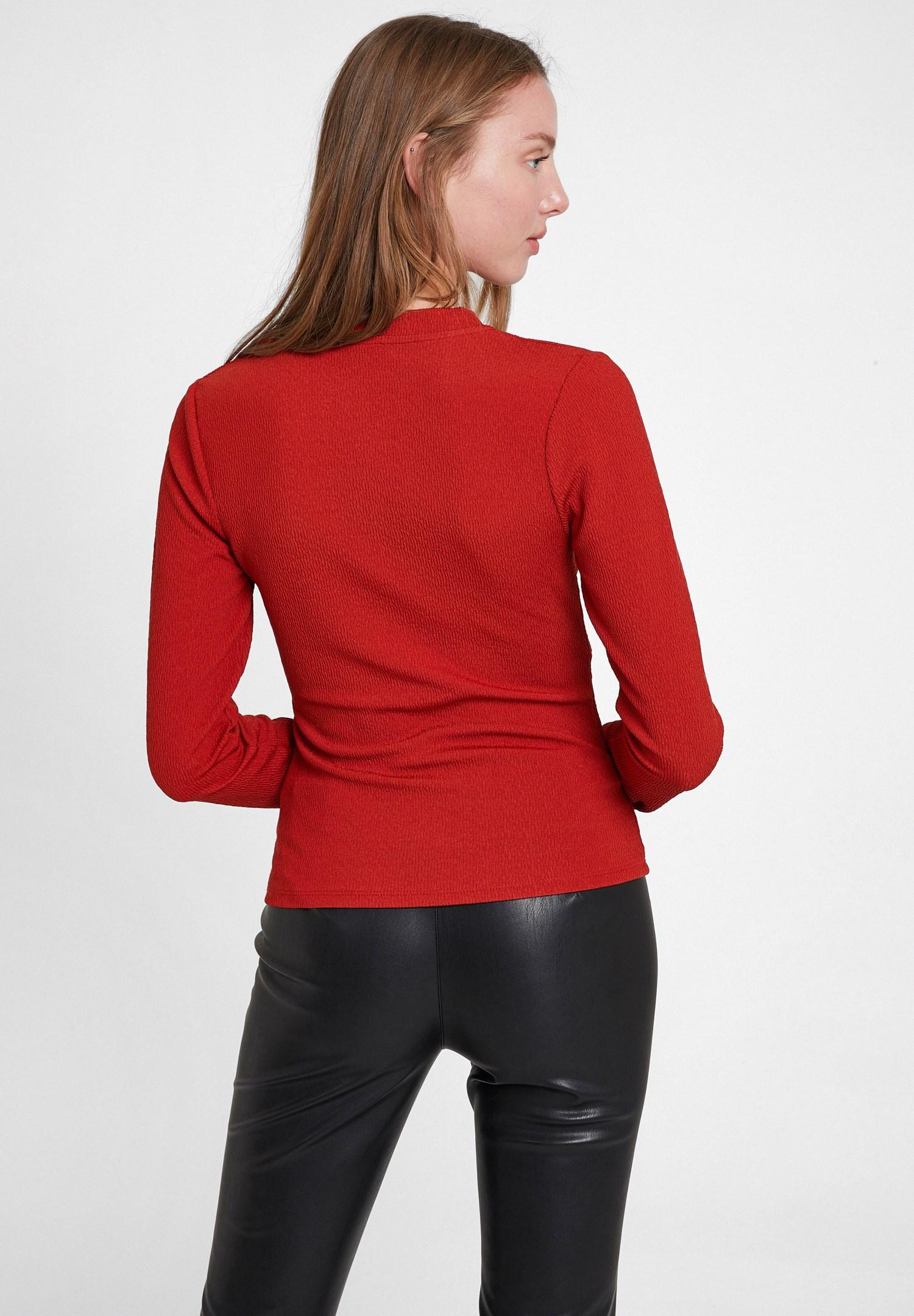 Bayan Kırmızı Dokulu Kruvaze Bluz
