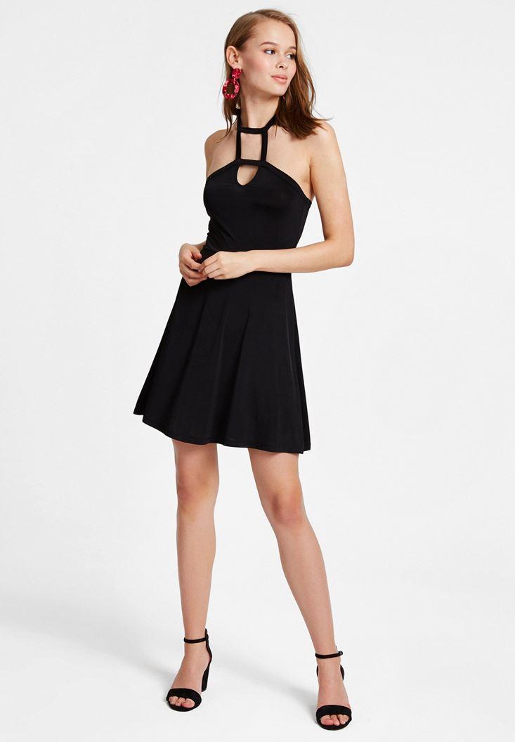 Siyah Yaka Detaylı Mini Elbise