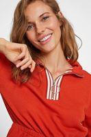 Bayan Turuncu Yakası Fermuar Detaylı Sweatshirt