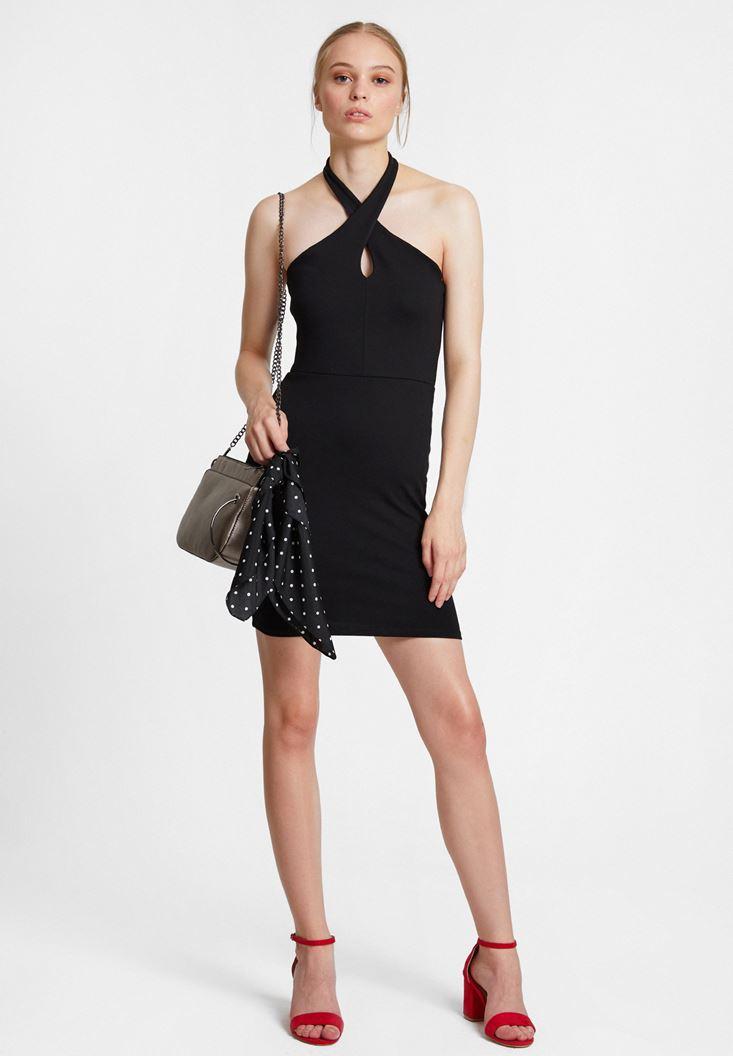 Siyah Çapraz Yaka Detaylı Elbise