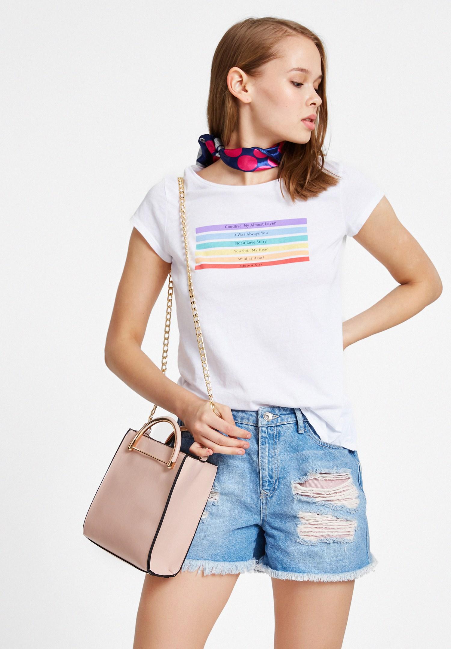 Bayan Beyaz Renk Baskılı Tişört