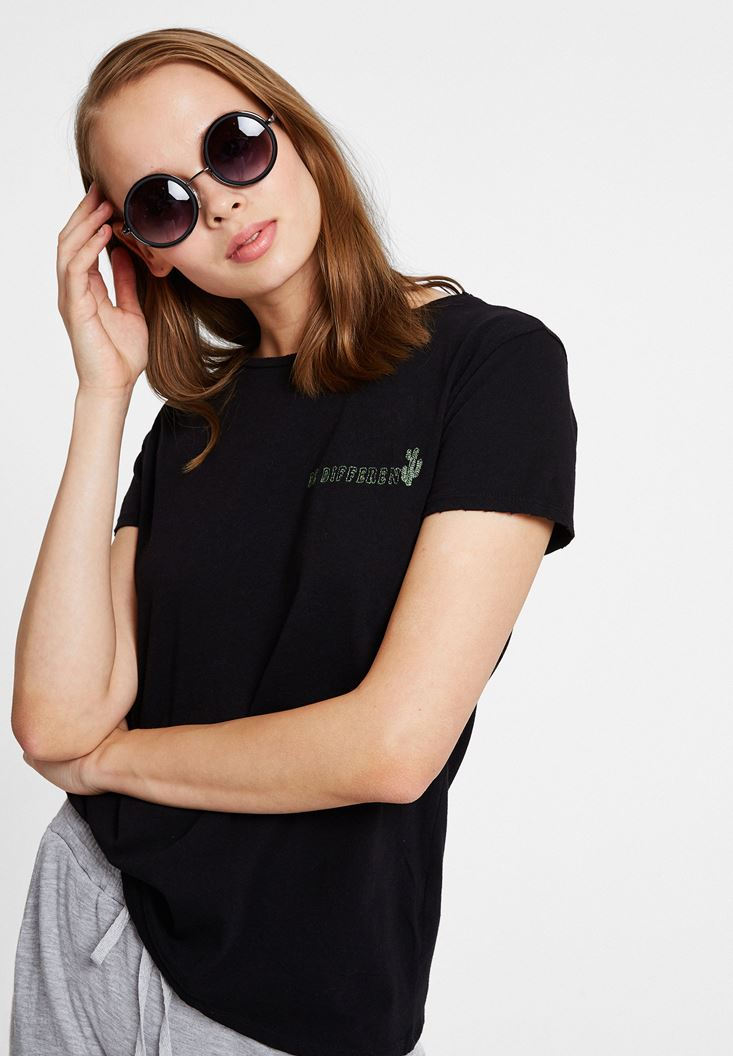 Black Cactus Embroidery T-shirt