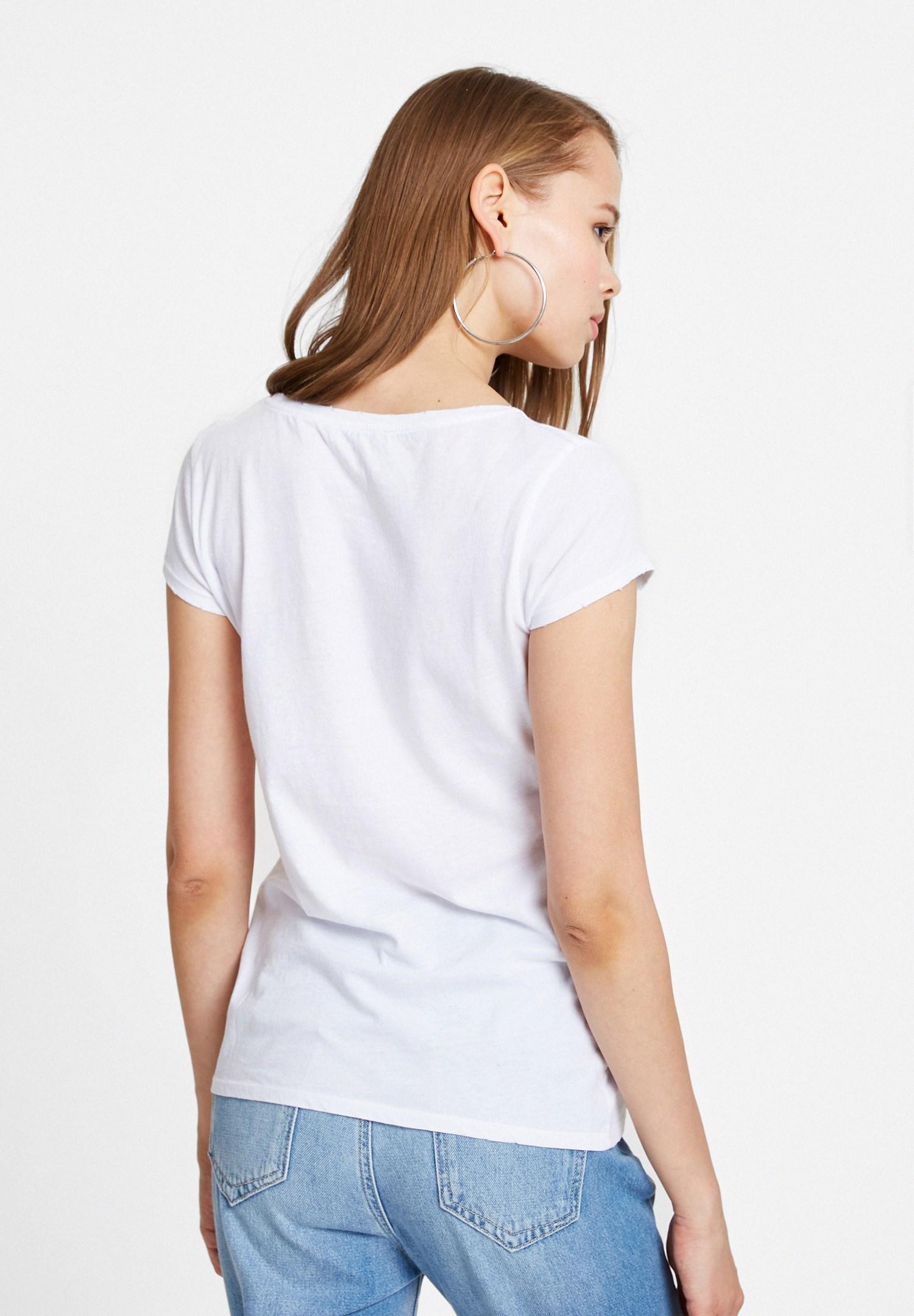 Bayan Beyaz Baskı Desenli Tişört
