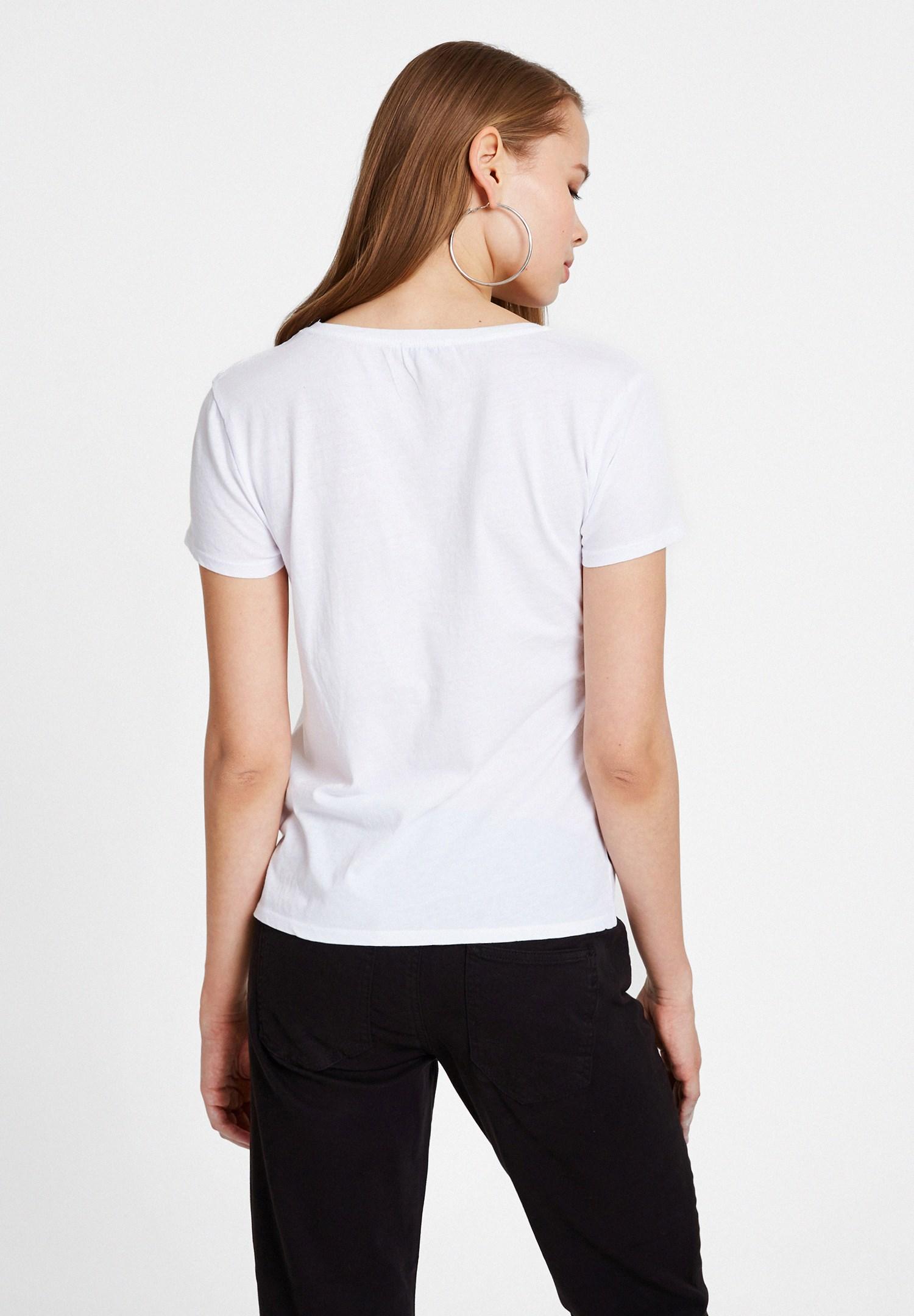 Bayan Beyaz Sloganlı Pamuk Tişört