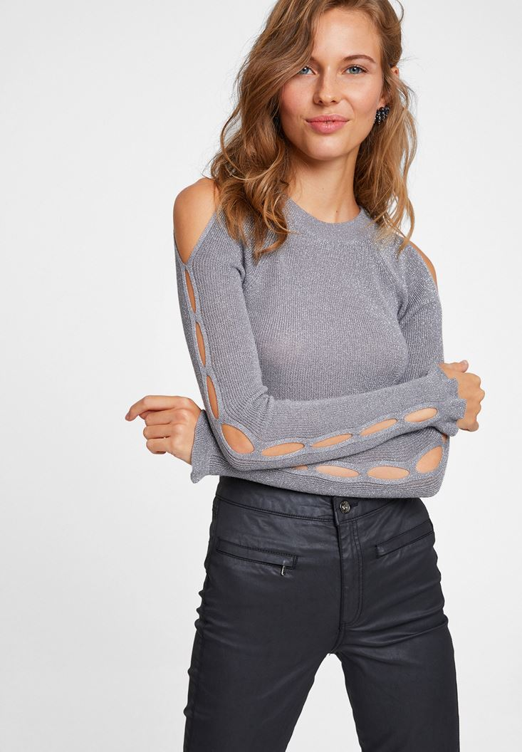 Knitwear with Cut Out Detail