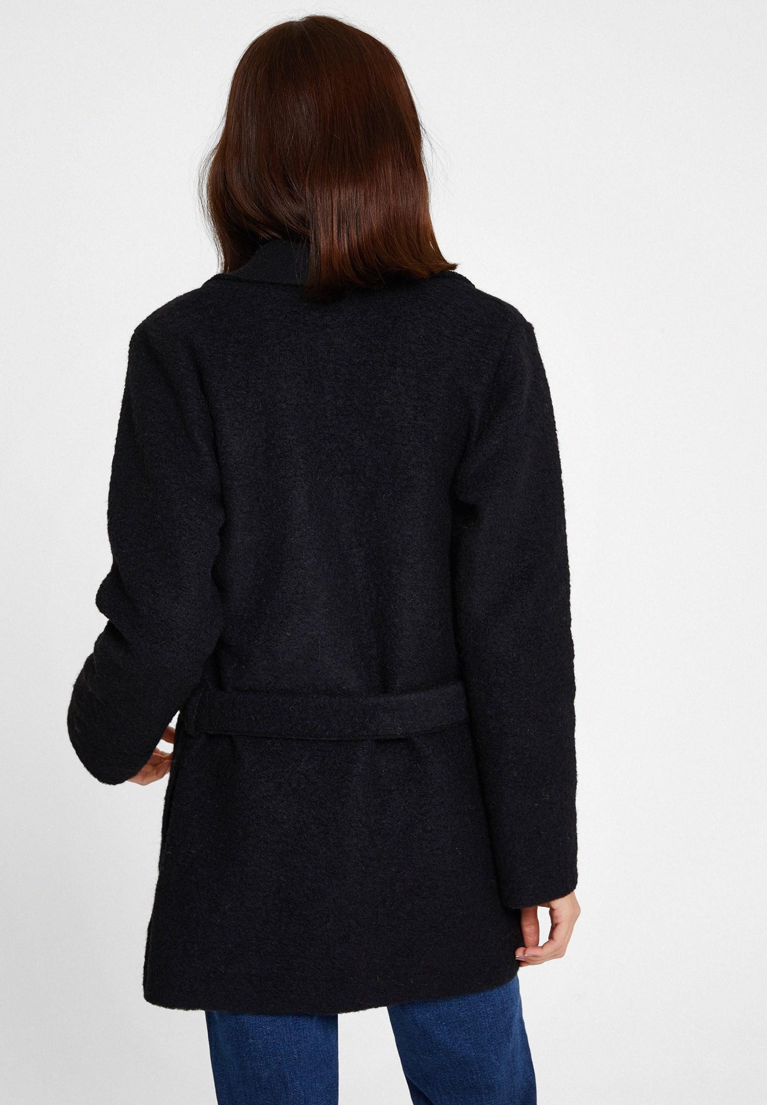 Women Black Wool Coat with Belt