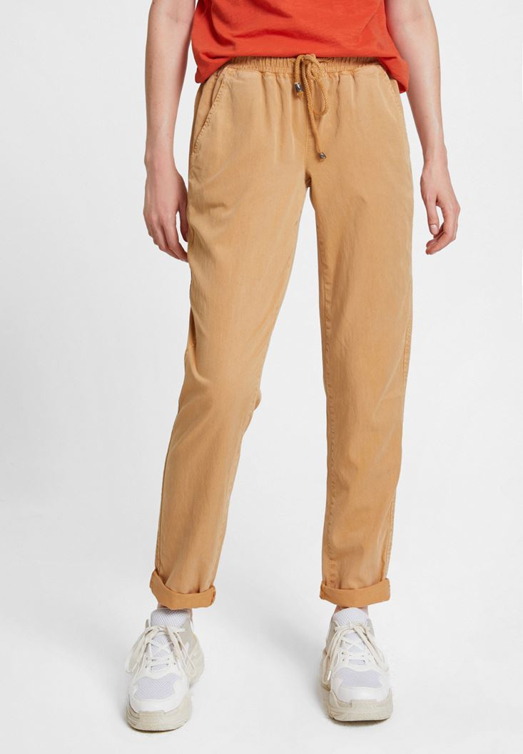 Yellow Jogger with Pockets and Lacing