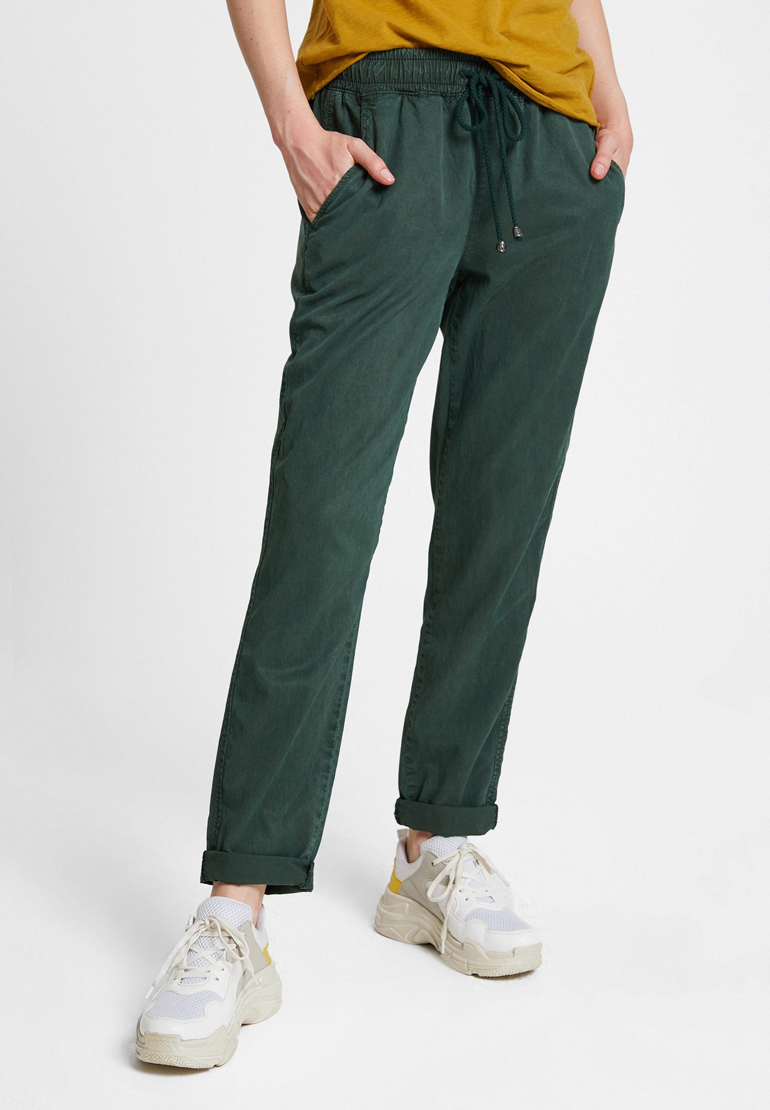 Women Green Jogger with Pockets and Lacing