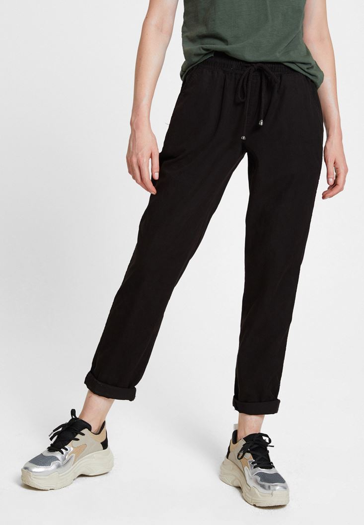 Black Jogger with Pockets and Lacing