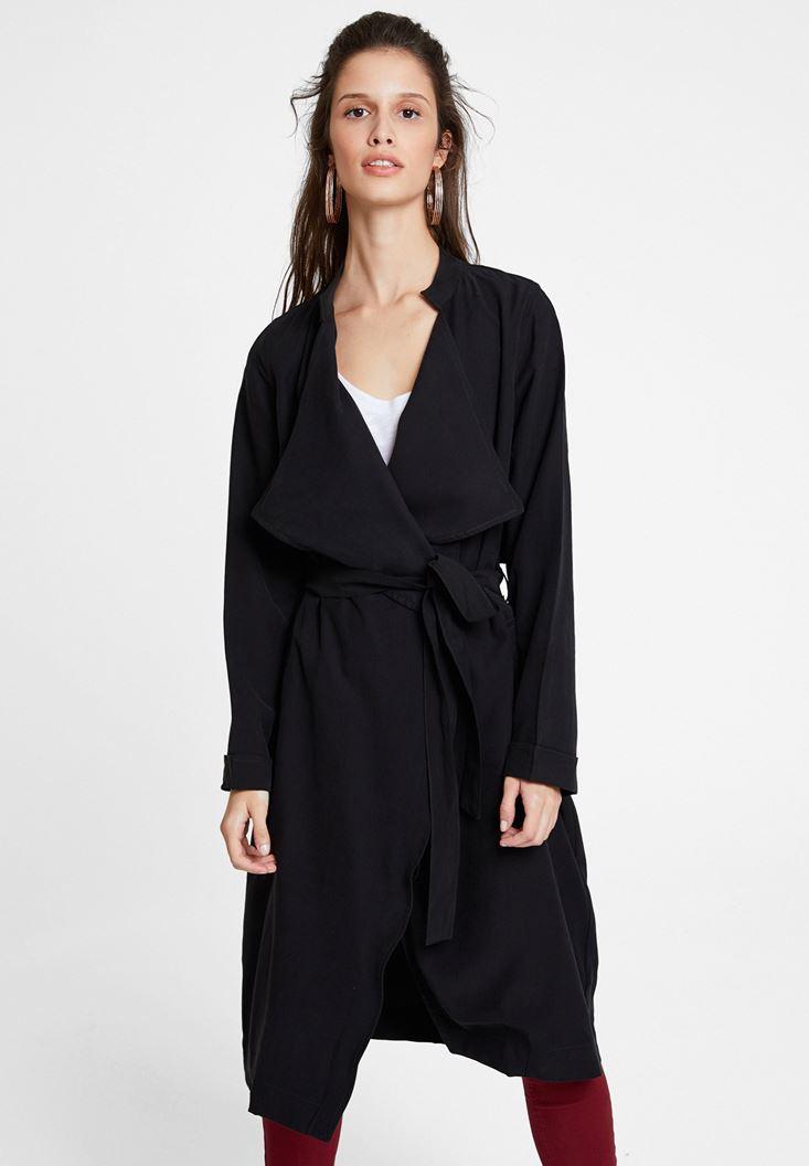 Siyah Kemerli Palto