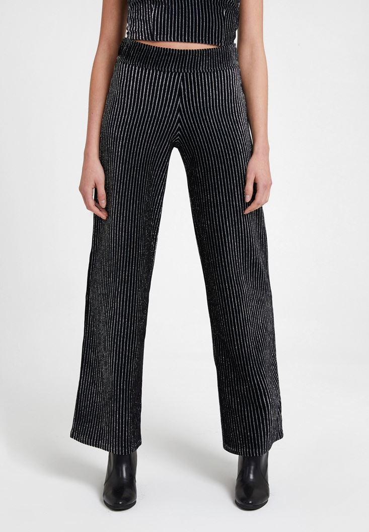 Siyah Çizgili Parlak Detaylı Pantolon