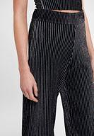 Bayan Siyah Çizgili Parlak Detaylı Pantolon