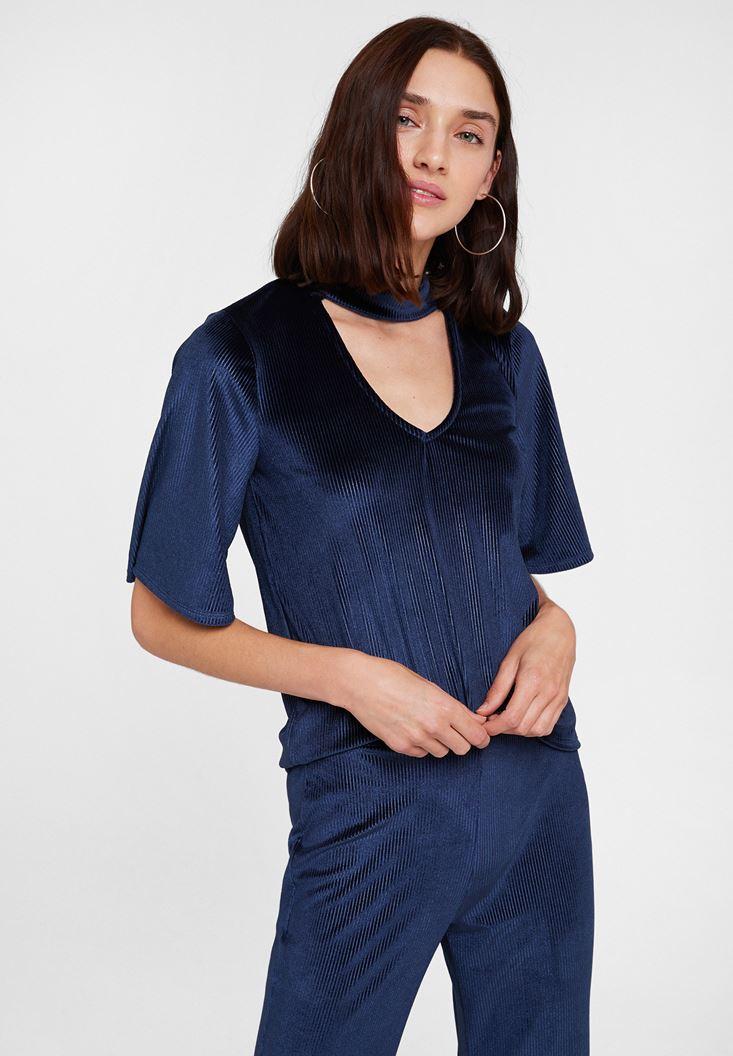 Lacivert Yaka Detaylı Kadife Bluz