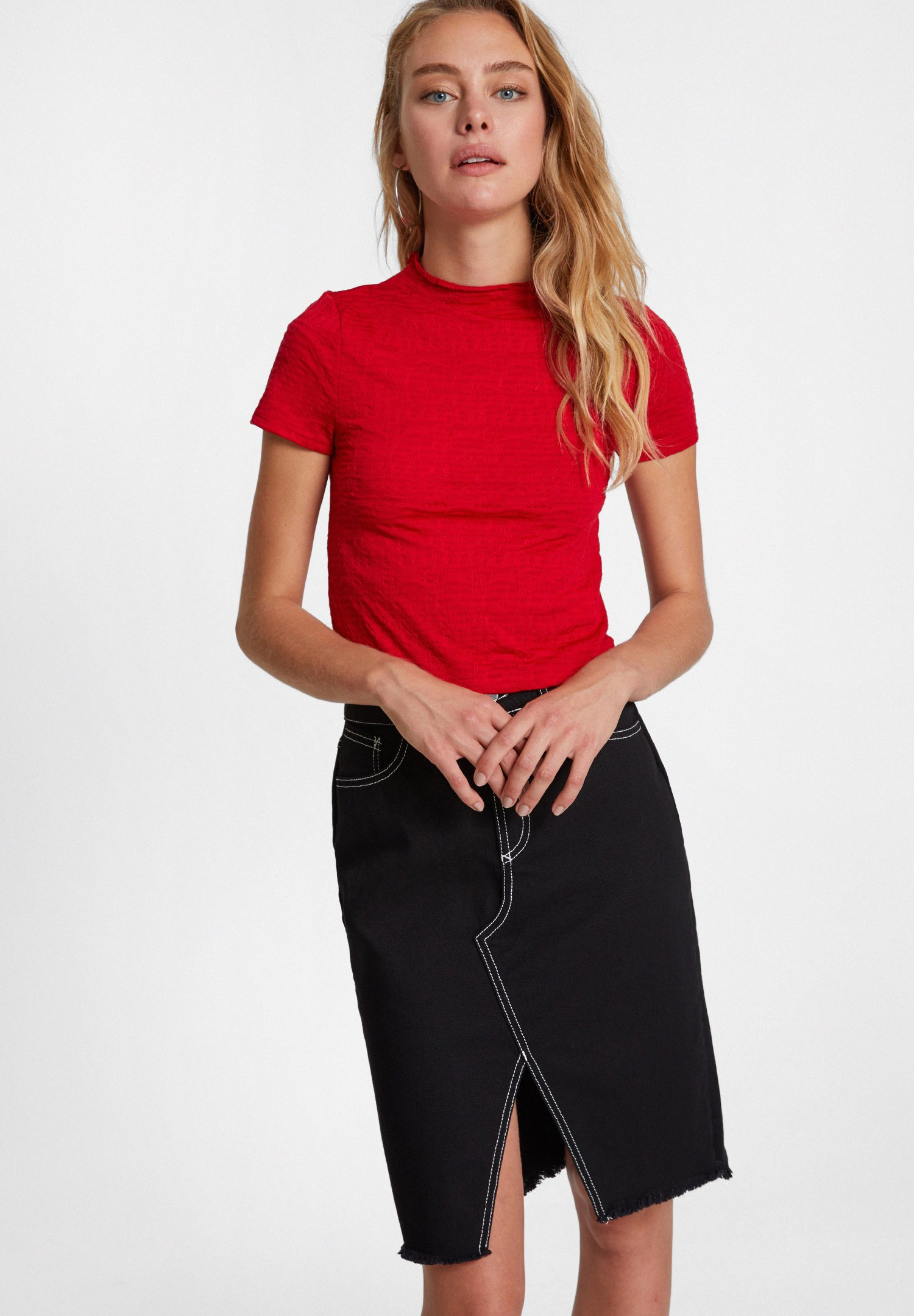 Women Red Crop Top with Neck Details