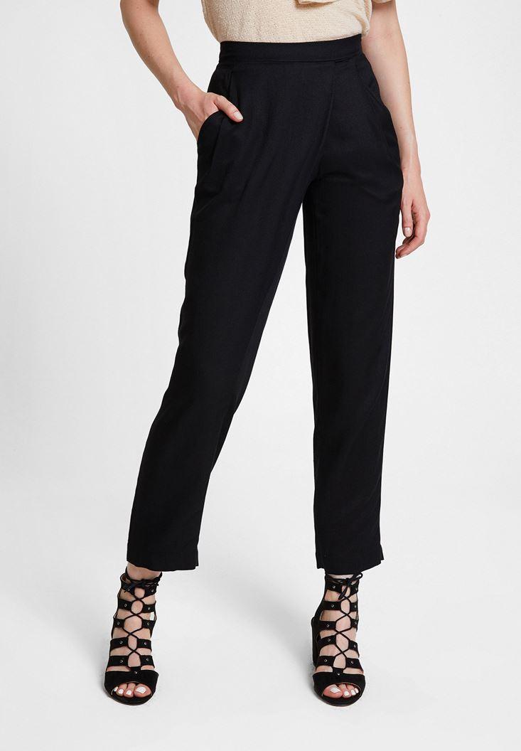 Siyah Beli Lastik Detaylı Cepli Bol Pantolon