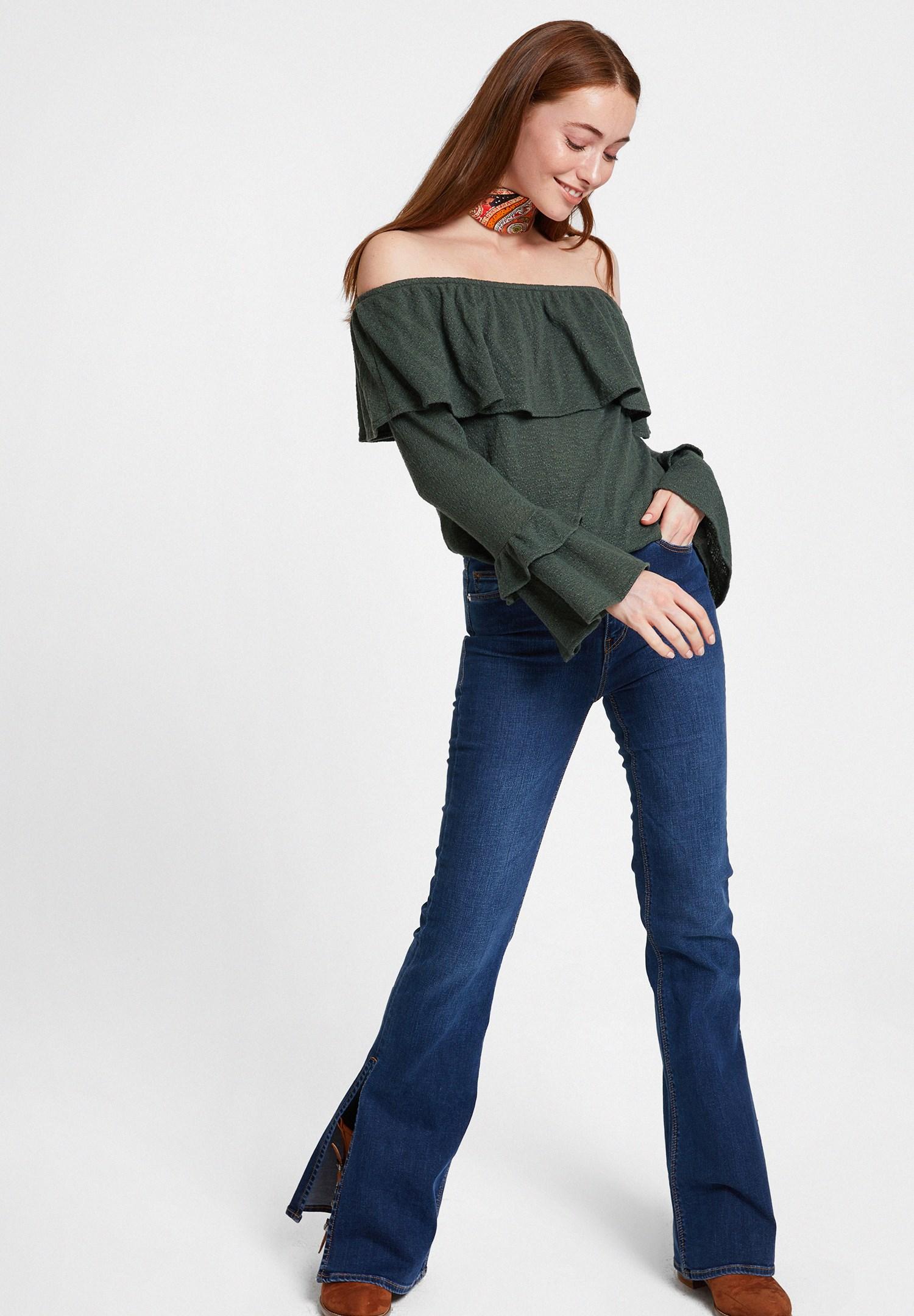 Bayan Yeşil Düşük Omuzlu Fırfırlı Bluz