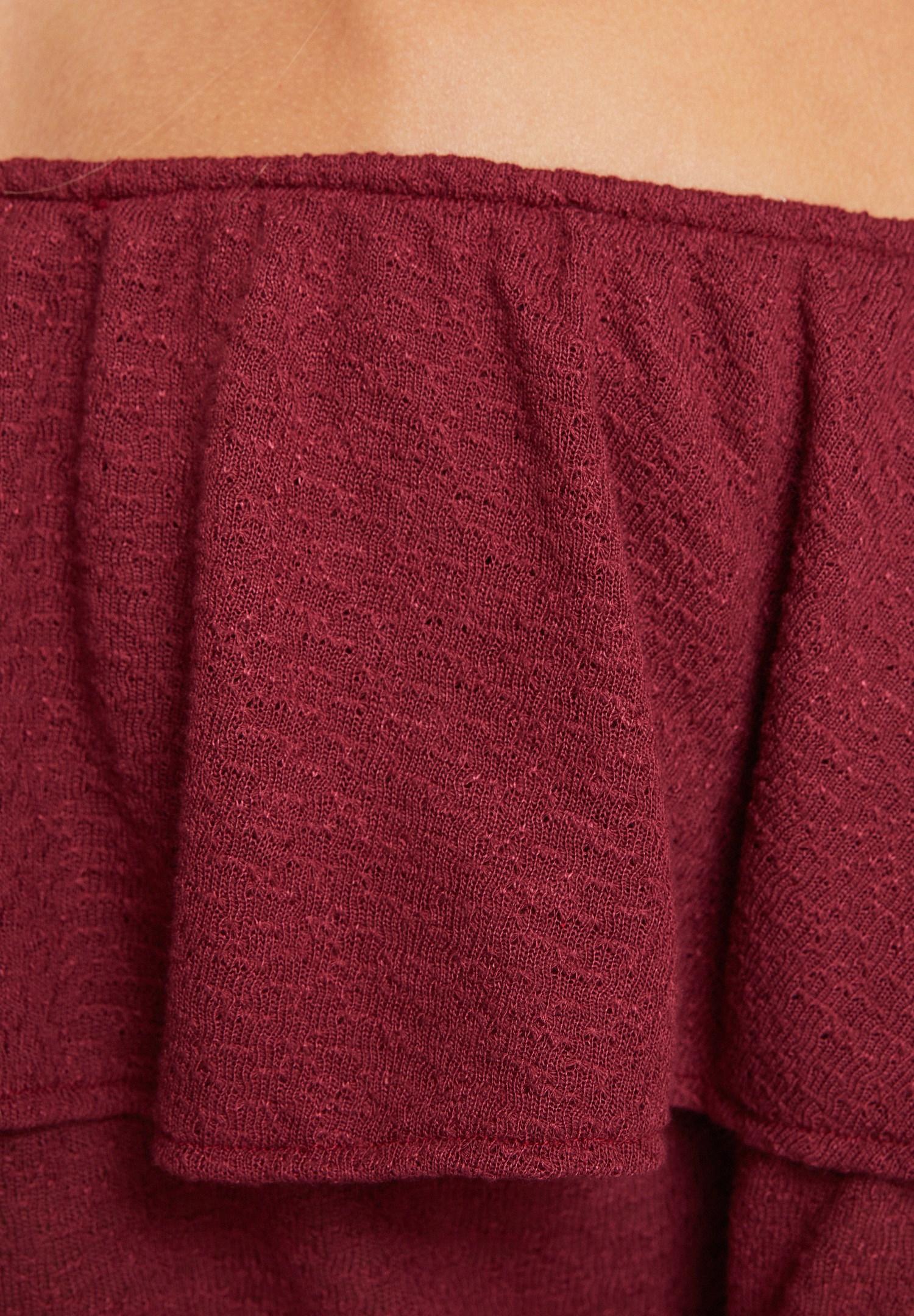Bayan Bordo Düşük Omuzlu Fırfırlı Bluz