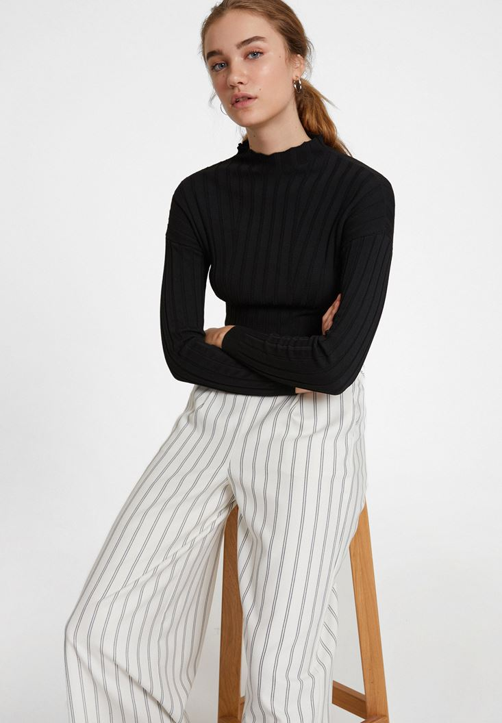 Black Long Sleeve Knitwear with Neck