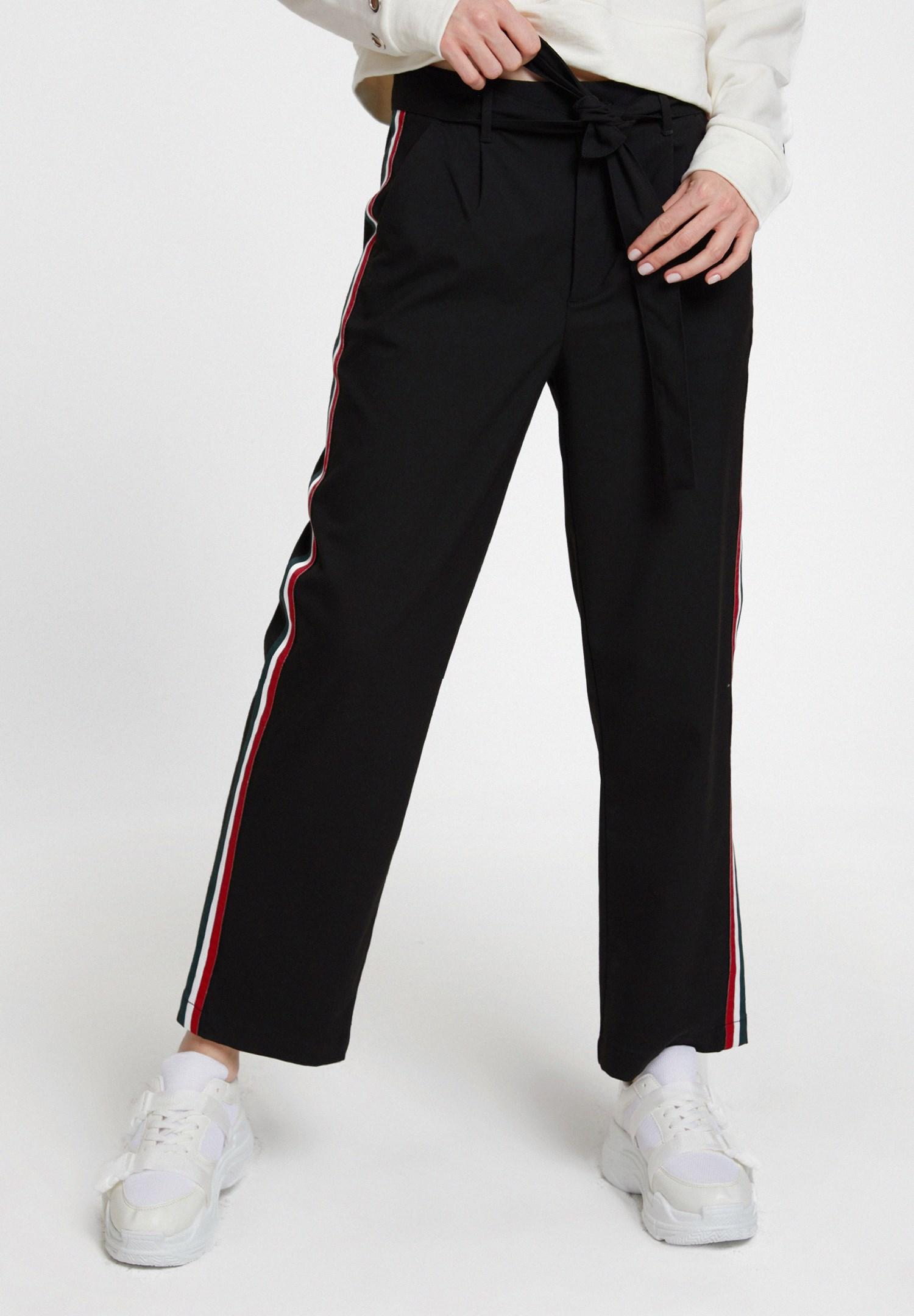 Bayan Siyah Beli Bağlamalı Cep Detaylı Bol Pantolon