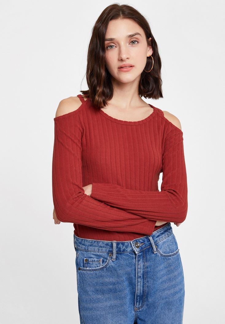 Pullover with Shoulder Details