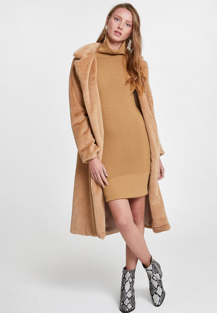 Brown Knitted Dress with Neck