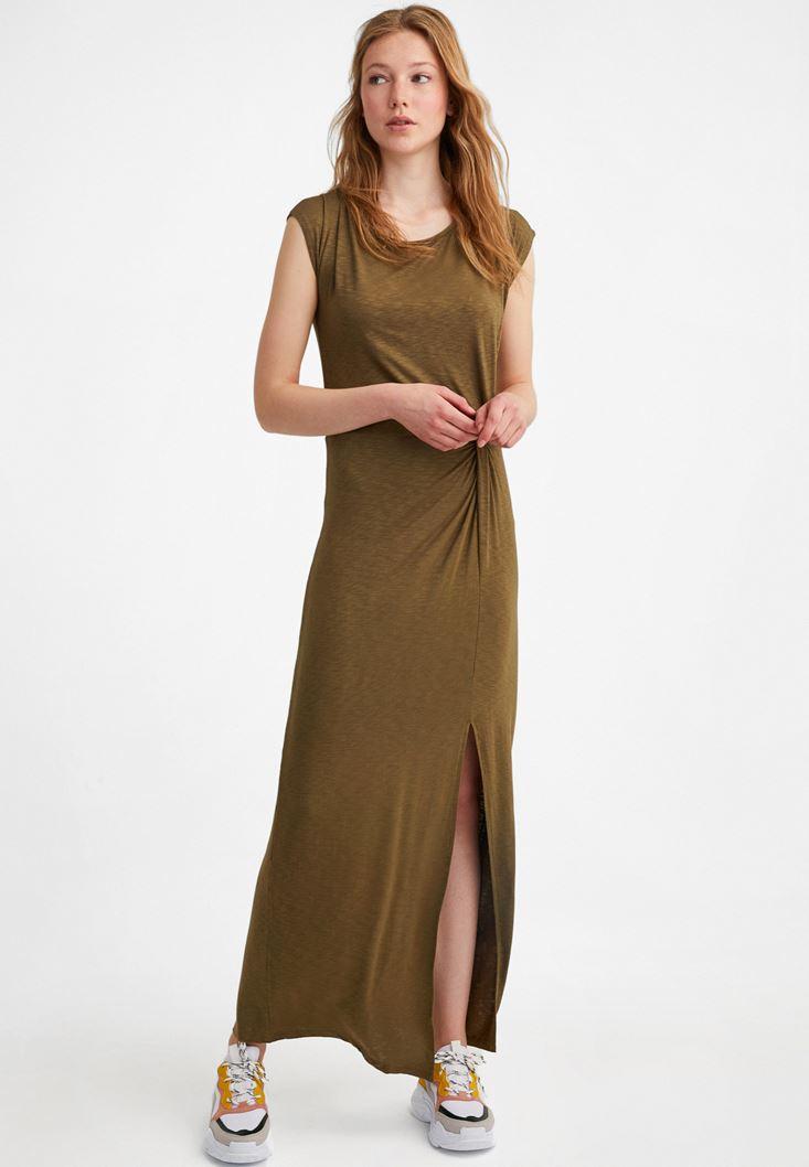 Yeşil Yırtmaç Detaylı Uzun Elbise