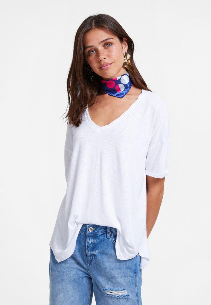 Beyaz V Yaka Oversize Tişört