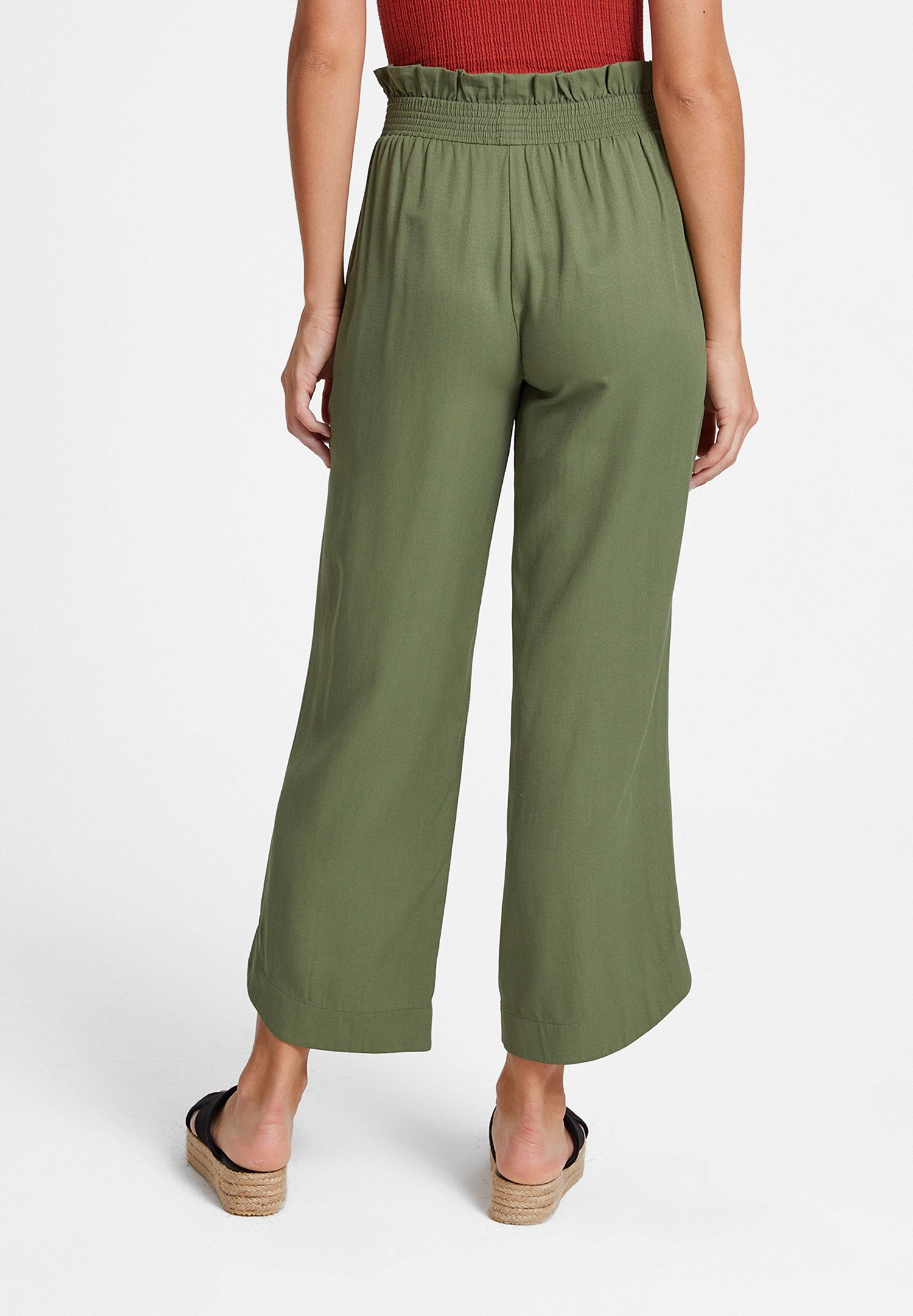 Bayan Yeşil Beli Lastikli Cep Detaylı Bol Pantolon