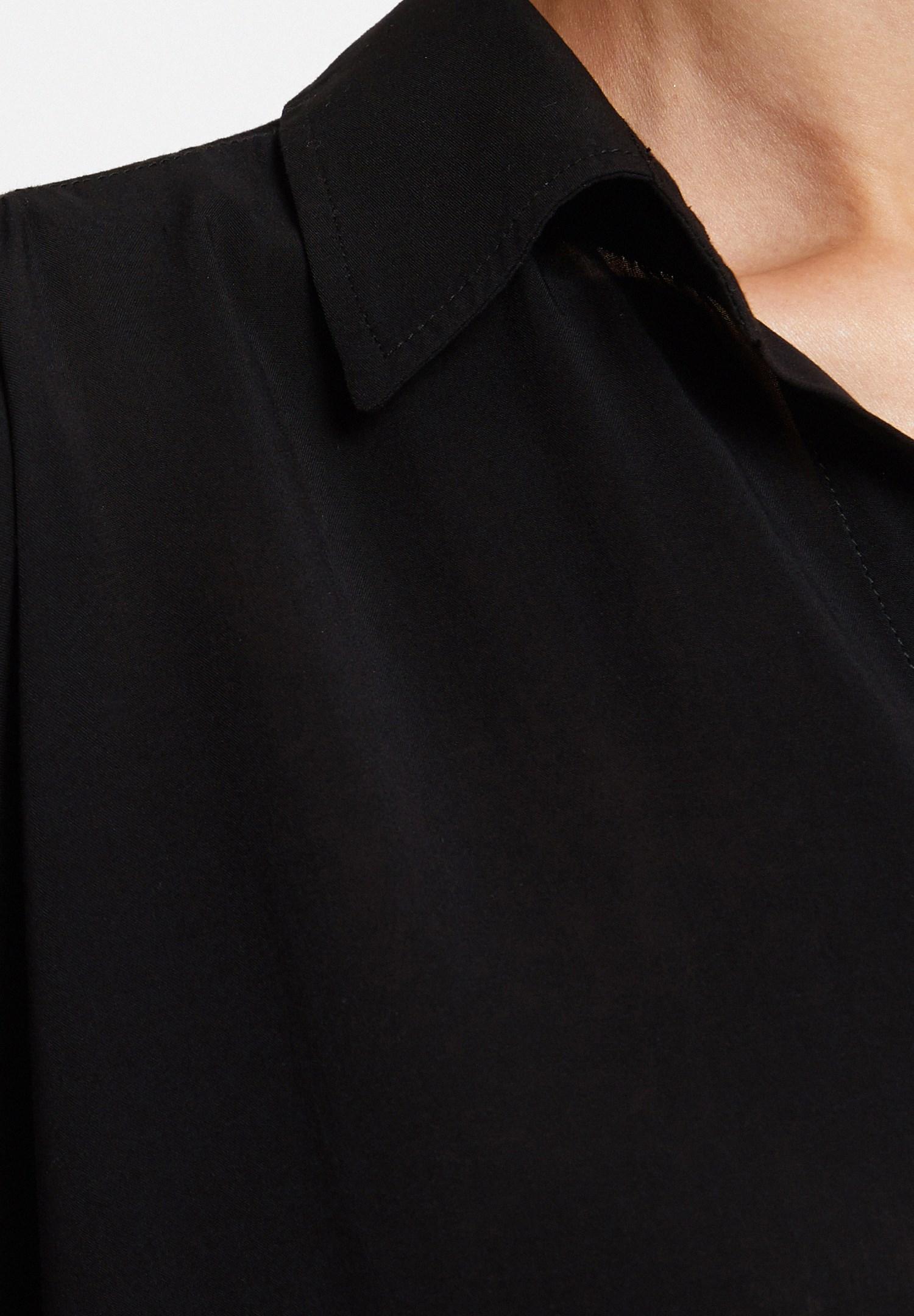 Bayan Siyah Kol Detaylı Gömlek
