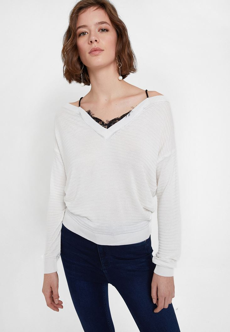 Cream Off the Shoulder Knitwear with Details