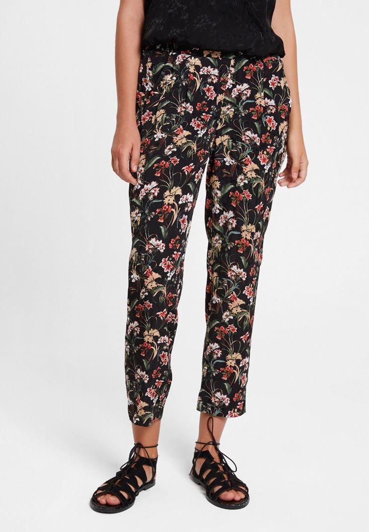 Mixed Mid Rise Pants with Flower Pattern
