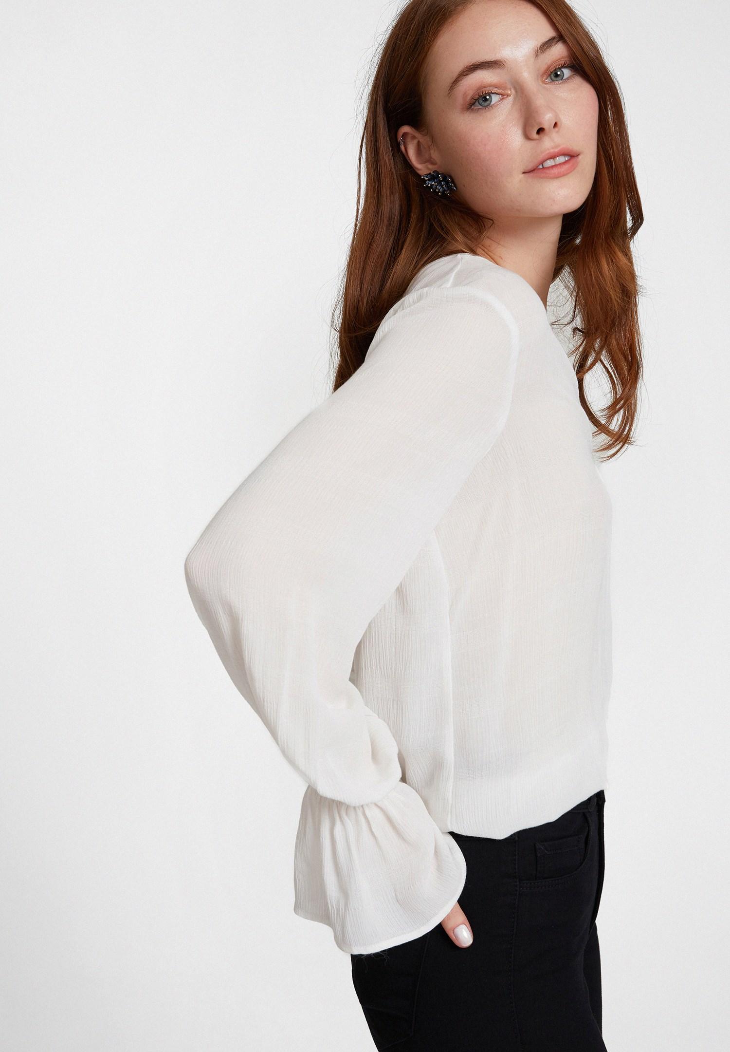 Women Cream Textured Wrap Top