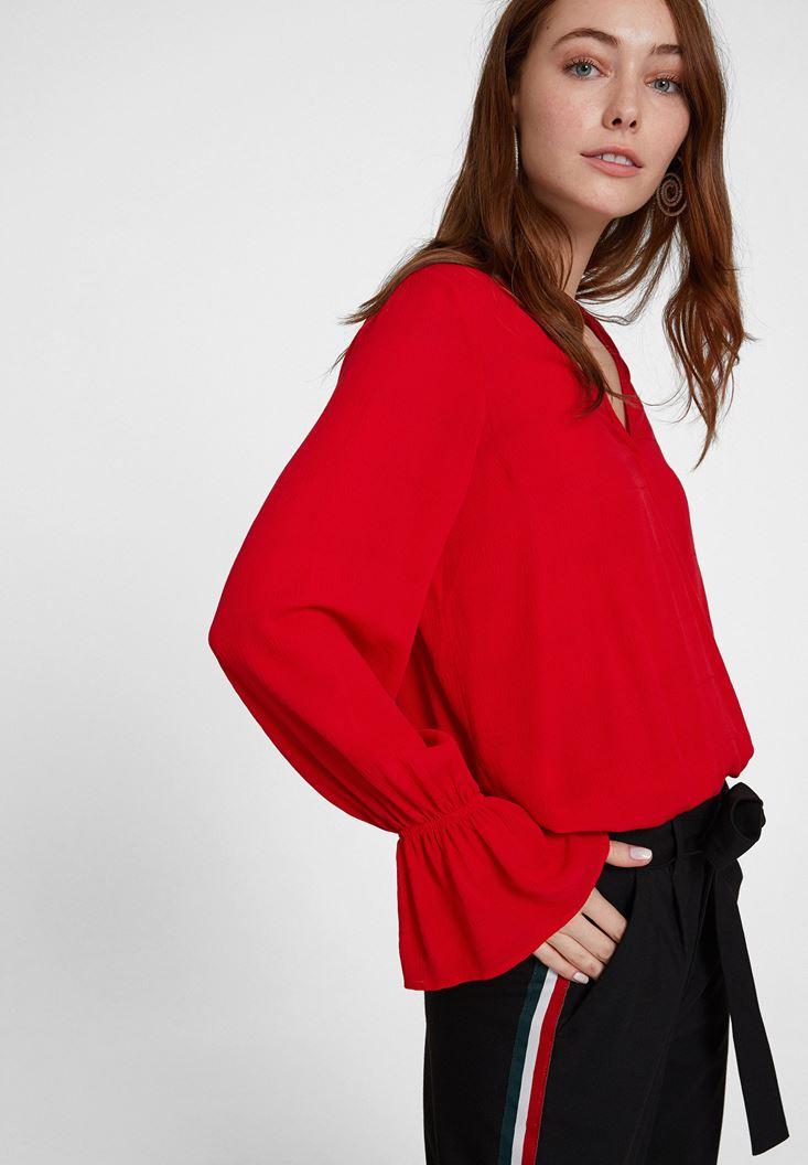 Kırmızı Kolları Volan Detaylı Kruvaze Bluz