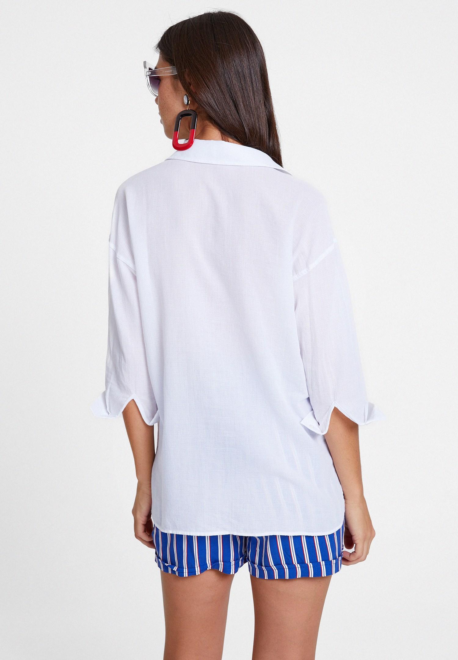 Bayan Beyaz Cepli Pamuk Gömlek