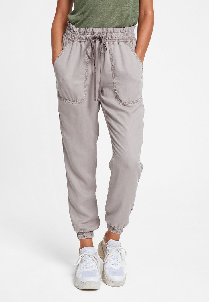 Jogger with Details