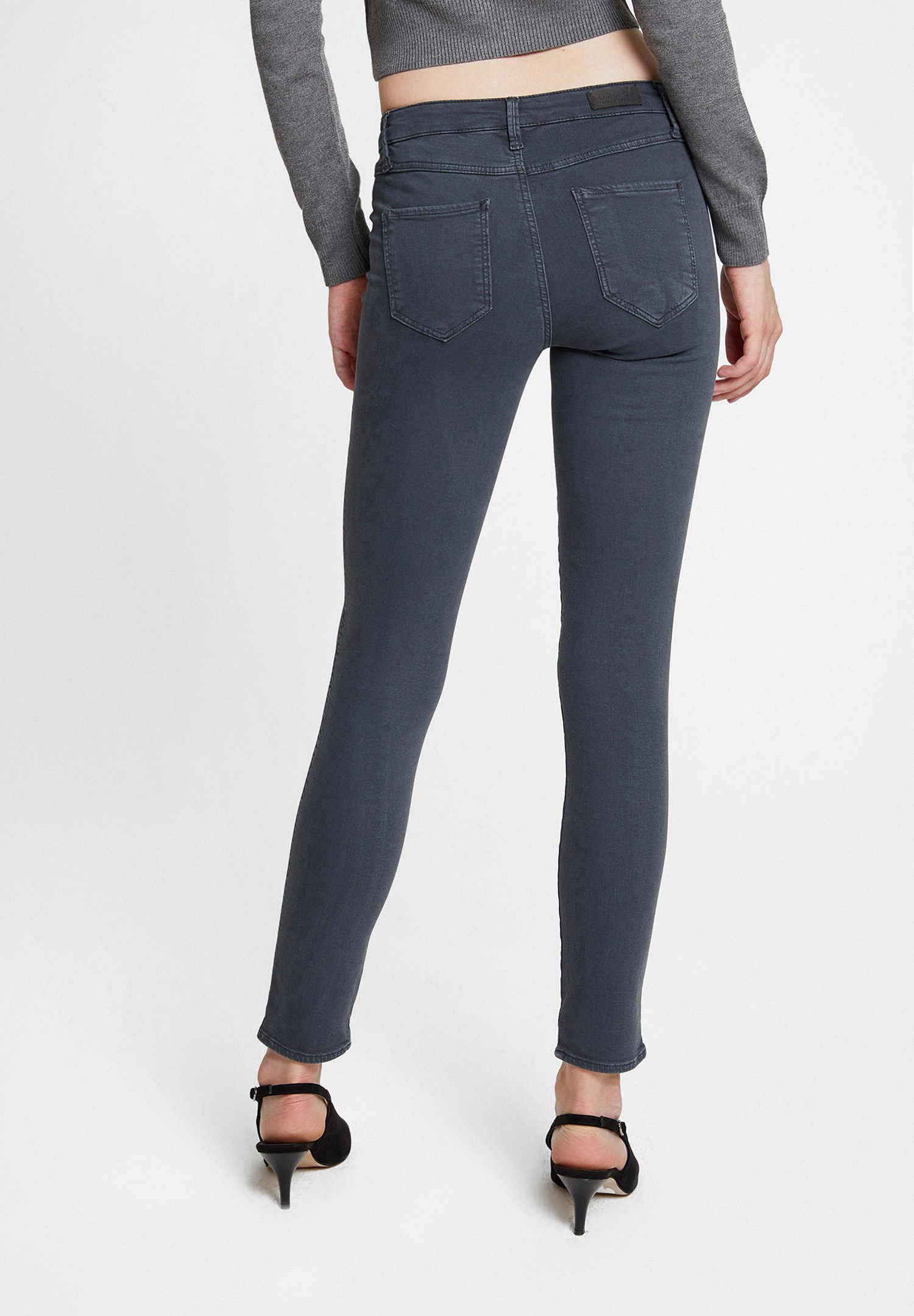 Women Grey Mid Rise Skinny Trousers